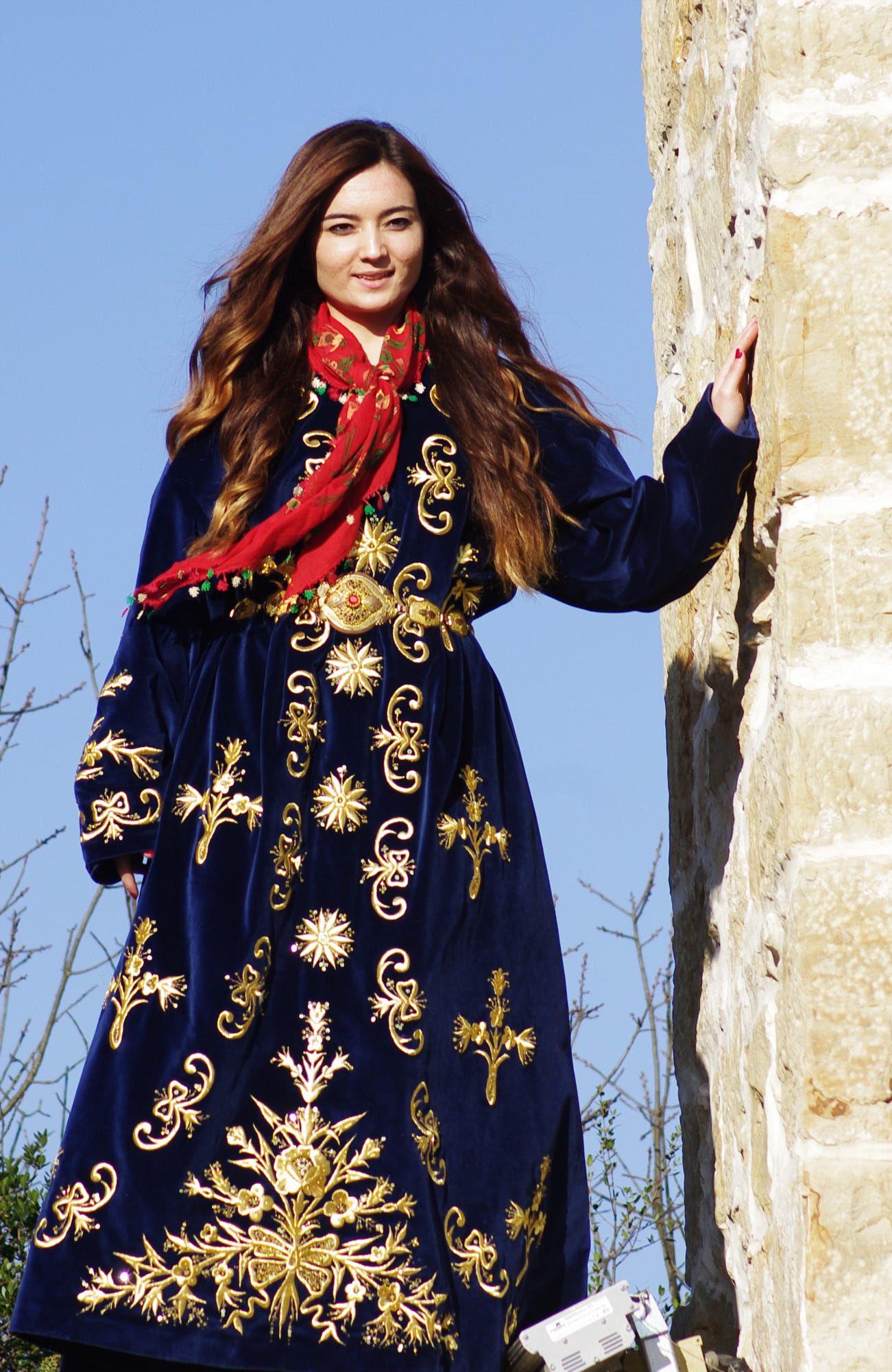 Turkish girl iin traditional bridal dress bindalli from safranbolu