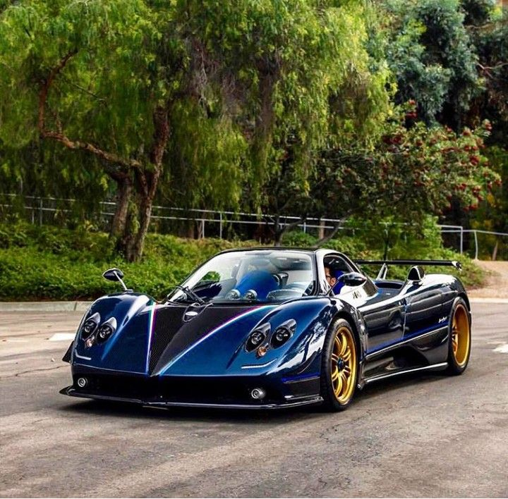 Bugatti Zonda R: Pin By Ditmir Ulqinaku On Cars (With Images)