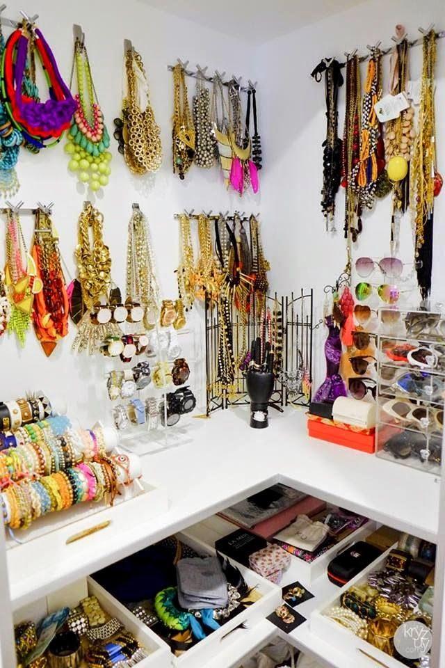 Como organizar un buen fondo de armario el vestidor de - Ideas para organizar armarios ...