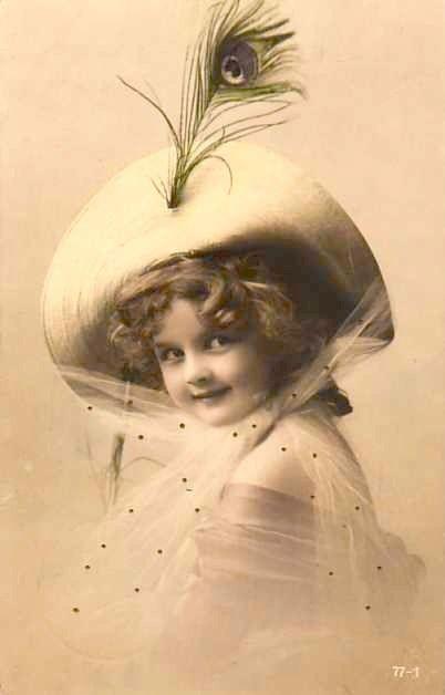 Животных словами, фарфоровые девочки с голубями и снегирями открытки начала 20го века