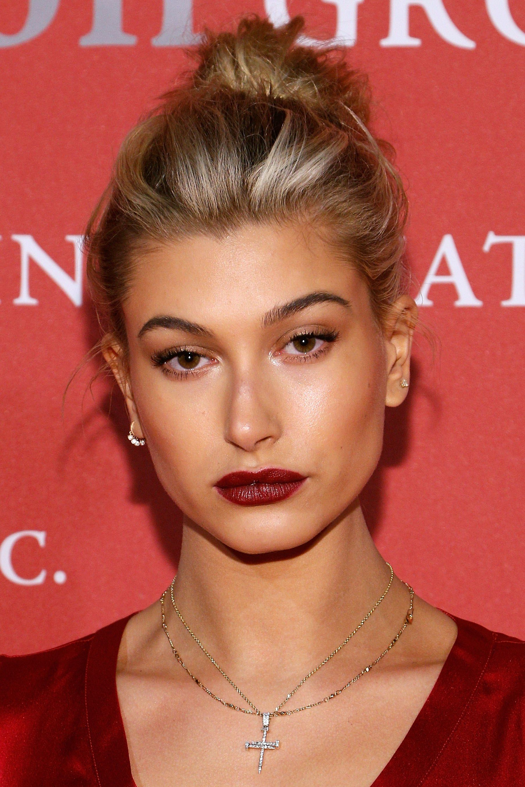 Hailey Baldwin's Best Beauty Looks Are Serious Inspo