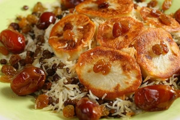 Adas Polo: Lentil Rice with dates