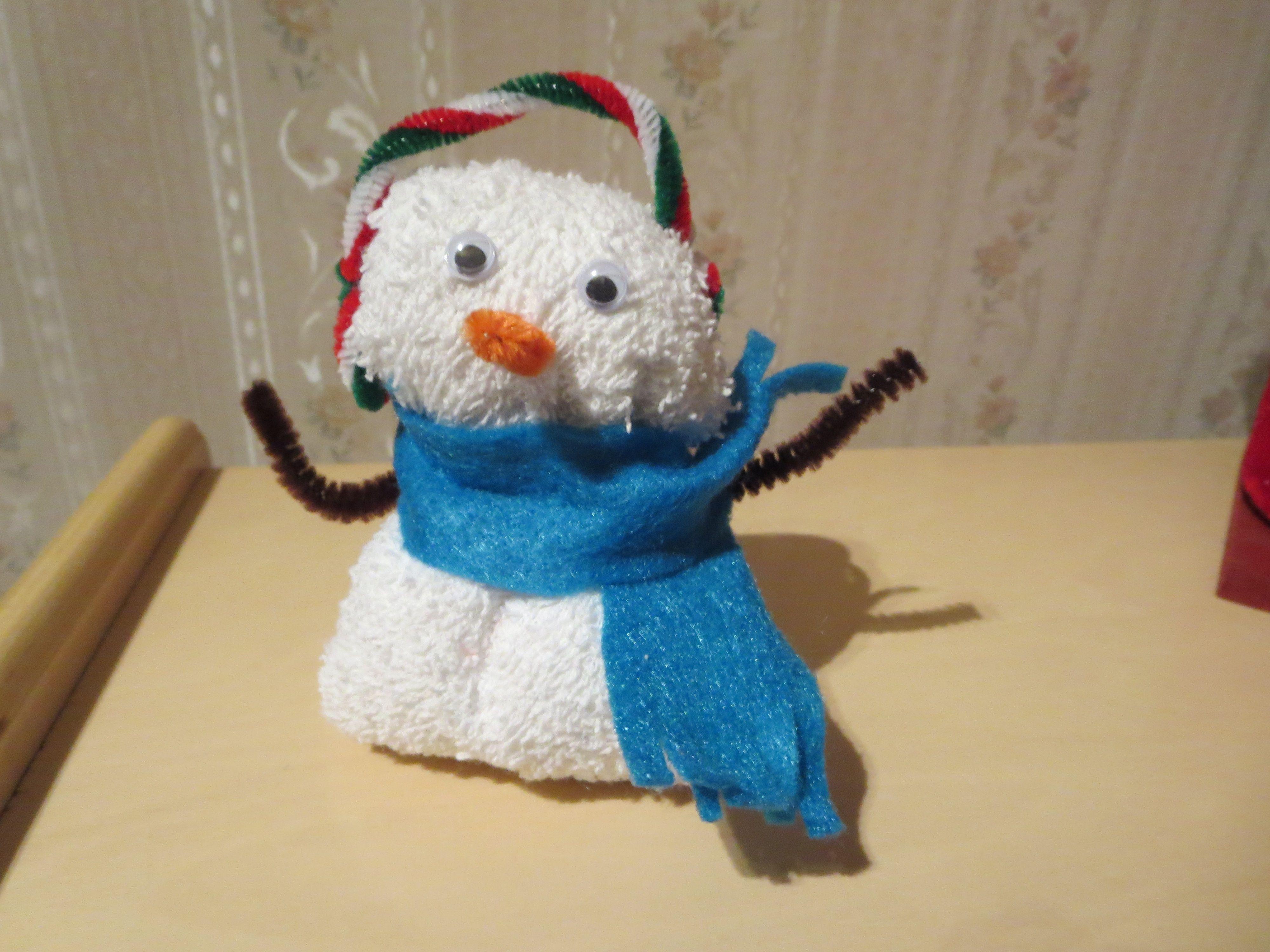 washcloth folding snowman washcloth craft pinterest