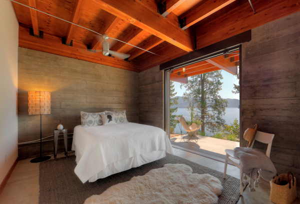 Defining Elements Of The Modern Rustic Home Modern Rustic Homes Cabin Interiors Modern Log Cabins