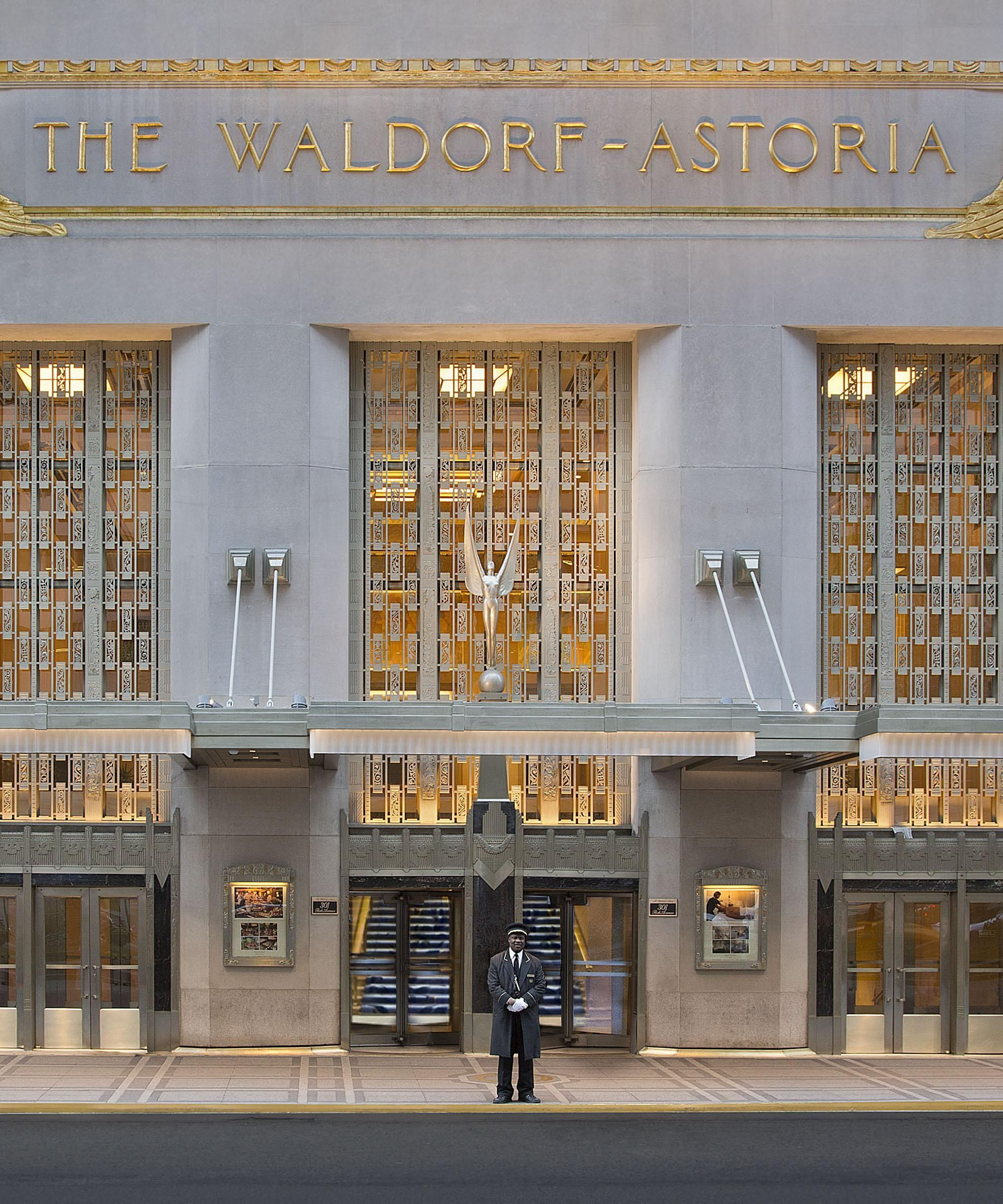 The Best Rooms At The Waldorf Astoria New York Astoria New York New York Hotels Art Deco Hotel