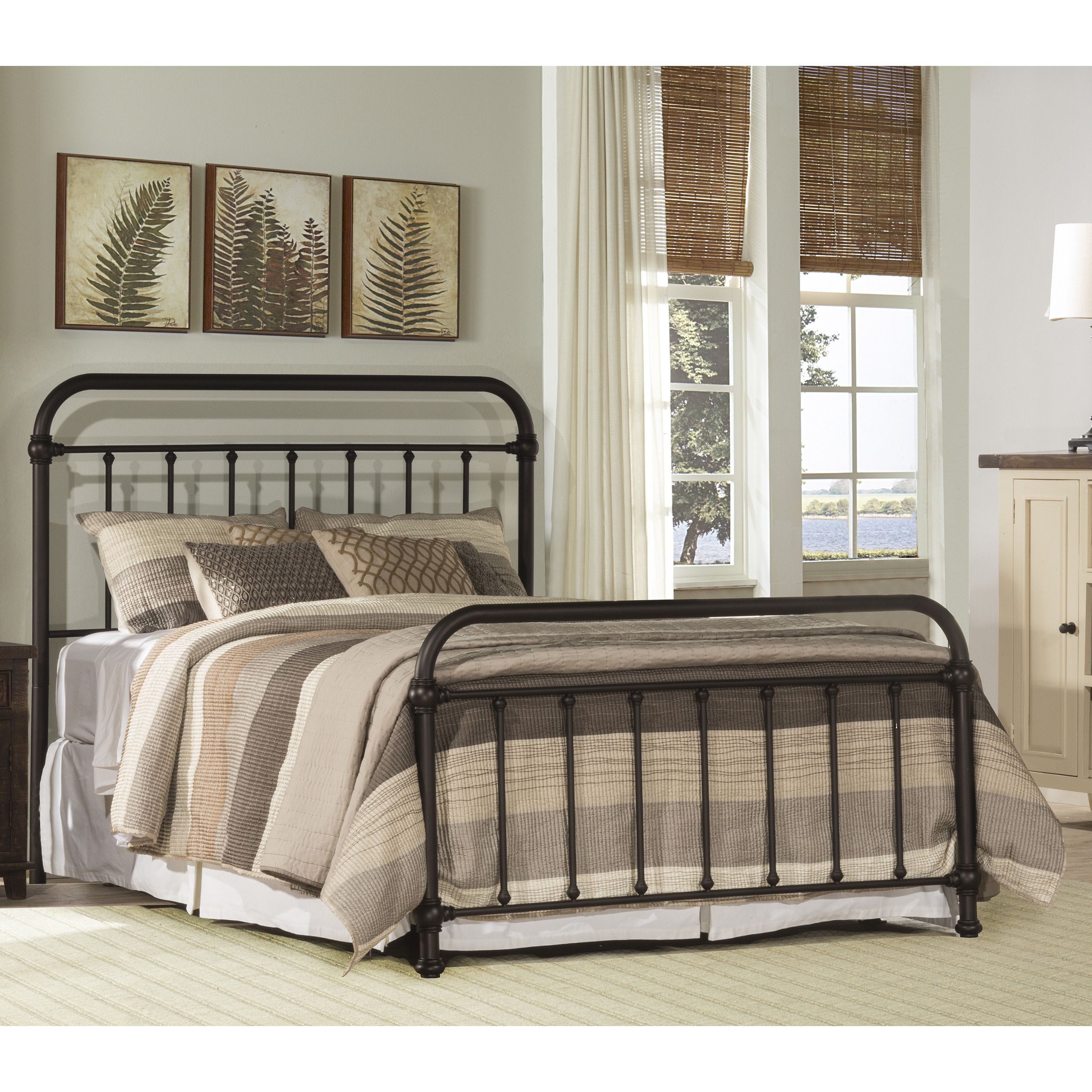 Laurel Foundry Modern Farmhouse Harlow Metal Panel Bed