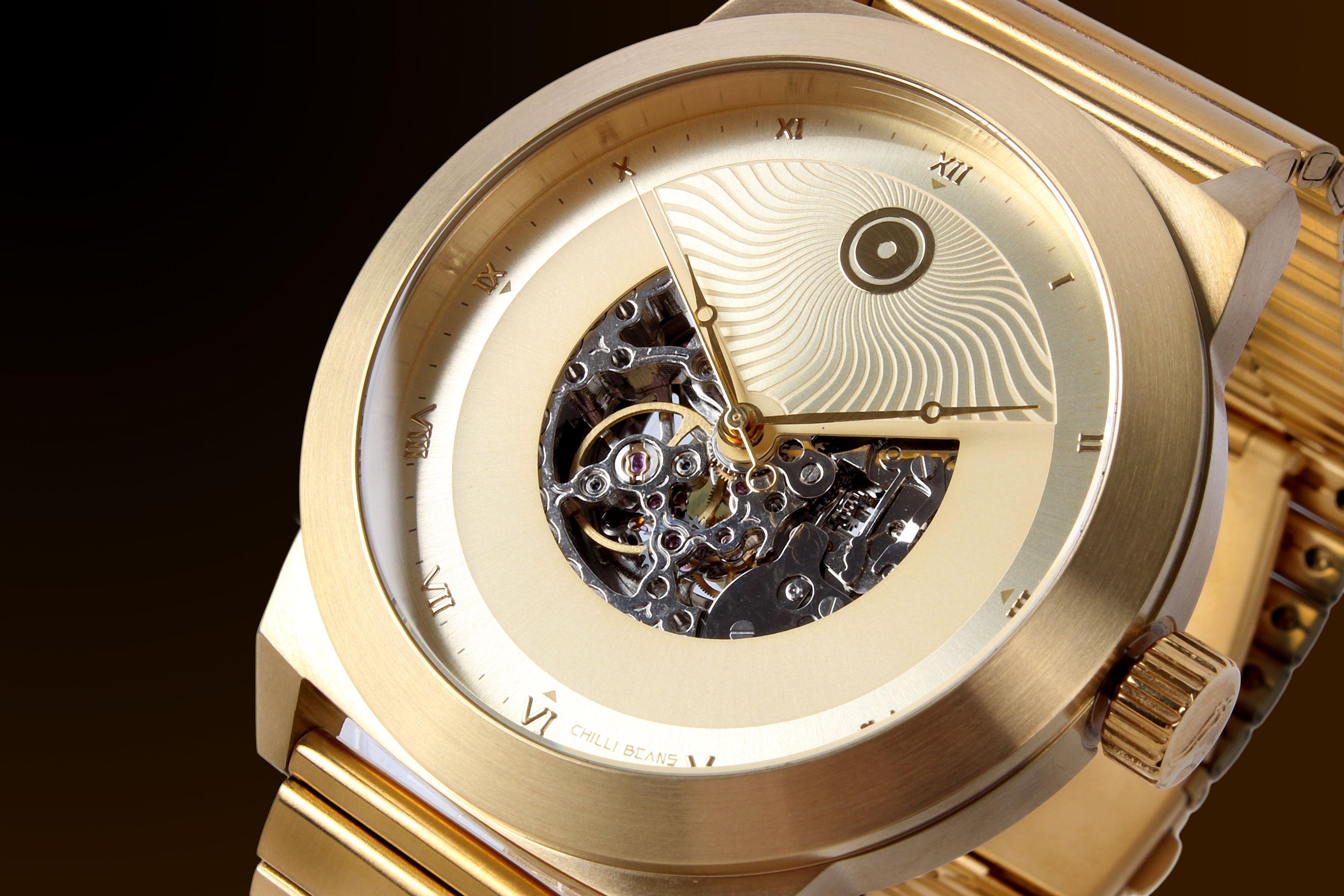 5123e9cecad Chilli Beans lança relógio inspirado no Sol.