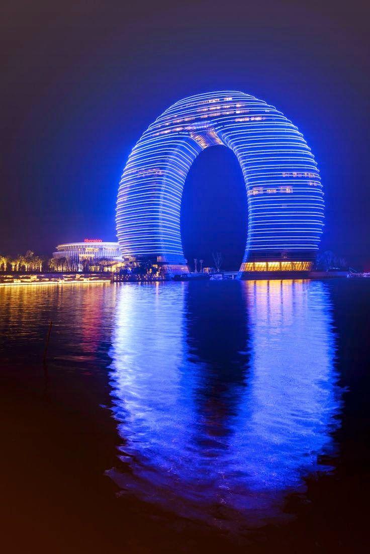 Horseshoe hotel in china b pinterest architektur und for Raumgestaltung chinesisch