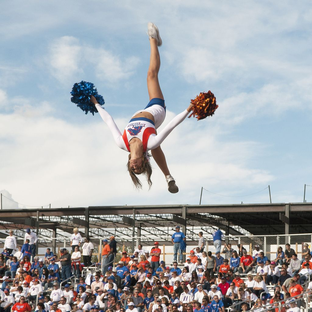 Sports Photography 6 Honestly, cheerleaders are a really