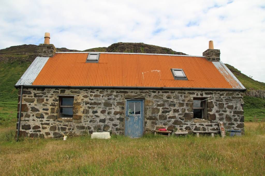 Fantastic Cragaig Bothy Isle Of Ulva Cottages For Rent In Argyll Download Free Architecture Designs Estepponolmadebymaigaardcom