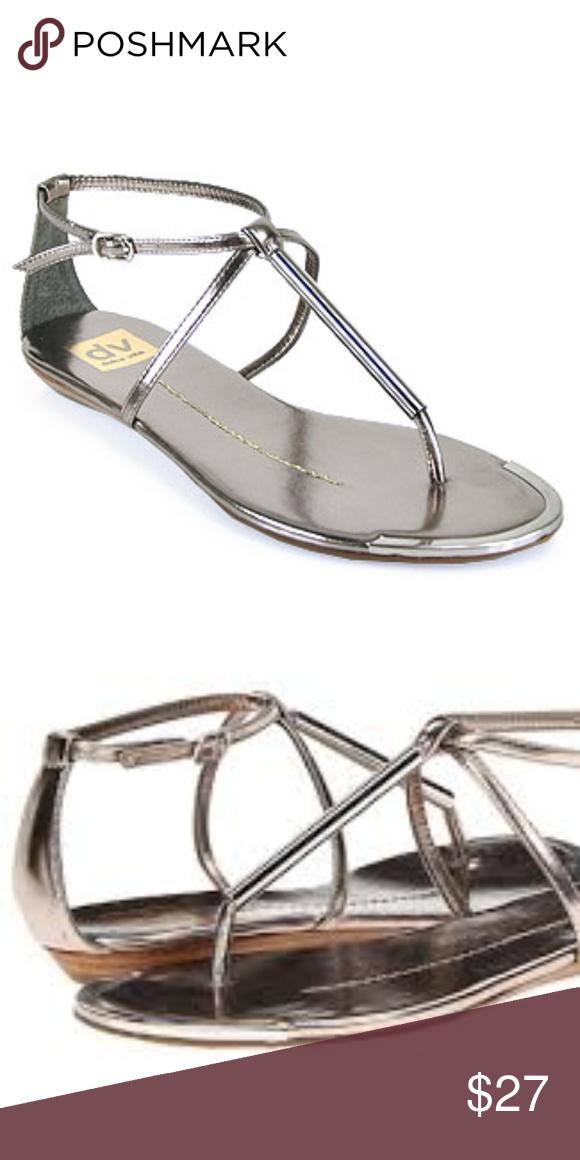 5c0d8c069 Dolce Vita Thong Pweter Sandal NIB The iconic dv Women s Archer flat sandal  is here!