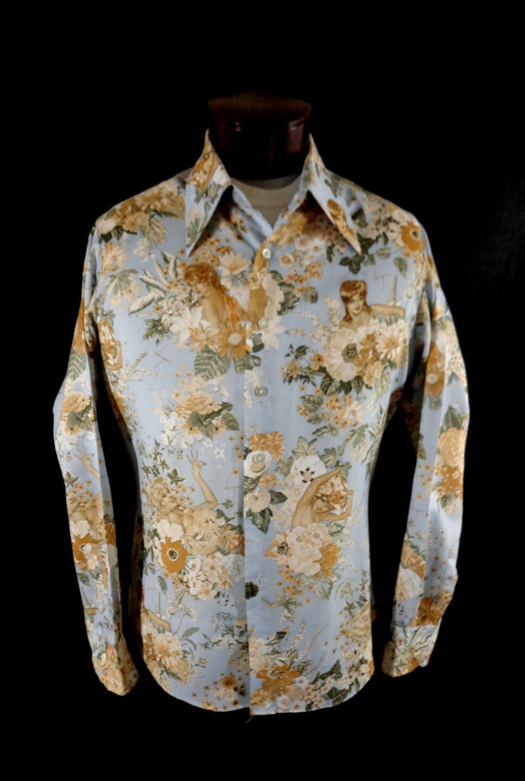 fe658e10 Vintage Men's White Long Sleeve Gold Embroidered Philippine Wedding Shirt–XL-VLV  | Vintage | Wedding shirts, Vintage men, Shirts
