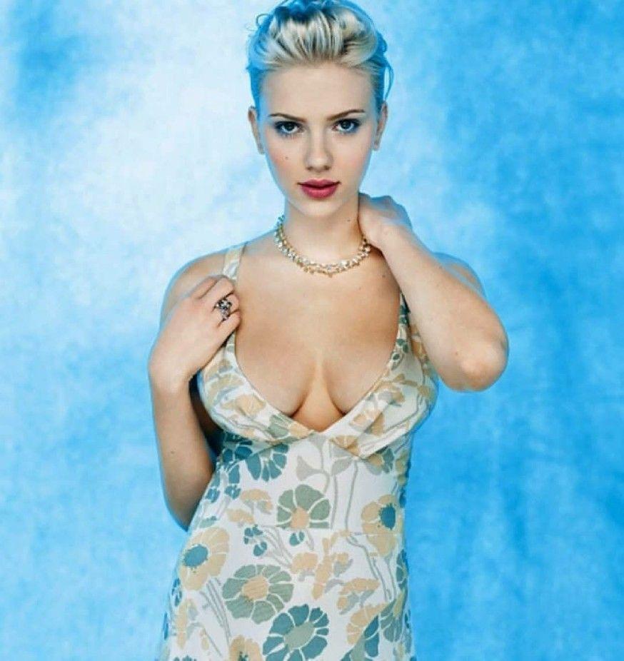 Scarlett Johansson | Scarlett johansson, Scarlett, Supergirl
