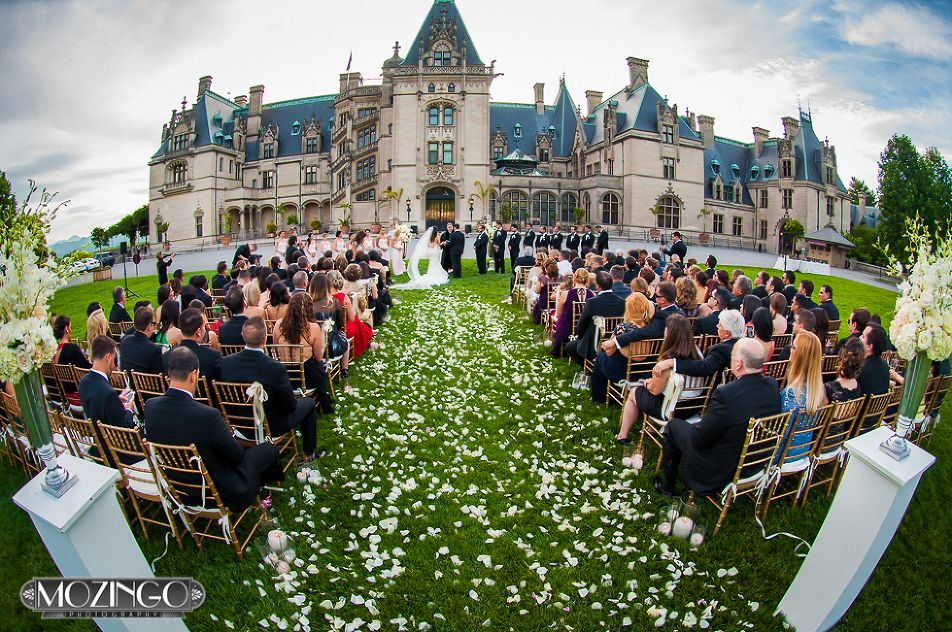 Gisselle And Danny S Show Stopping Biltmore Front Lawn Wedding Asheville Wedding Planning And Design Asheville Wedding Front Lawn Biltmore Estate