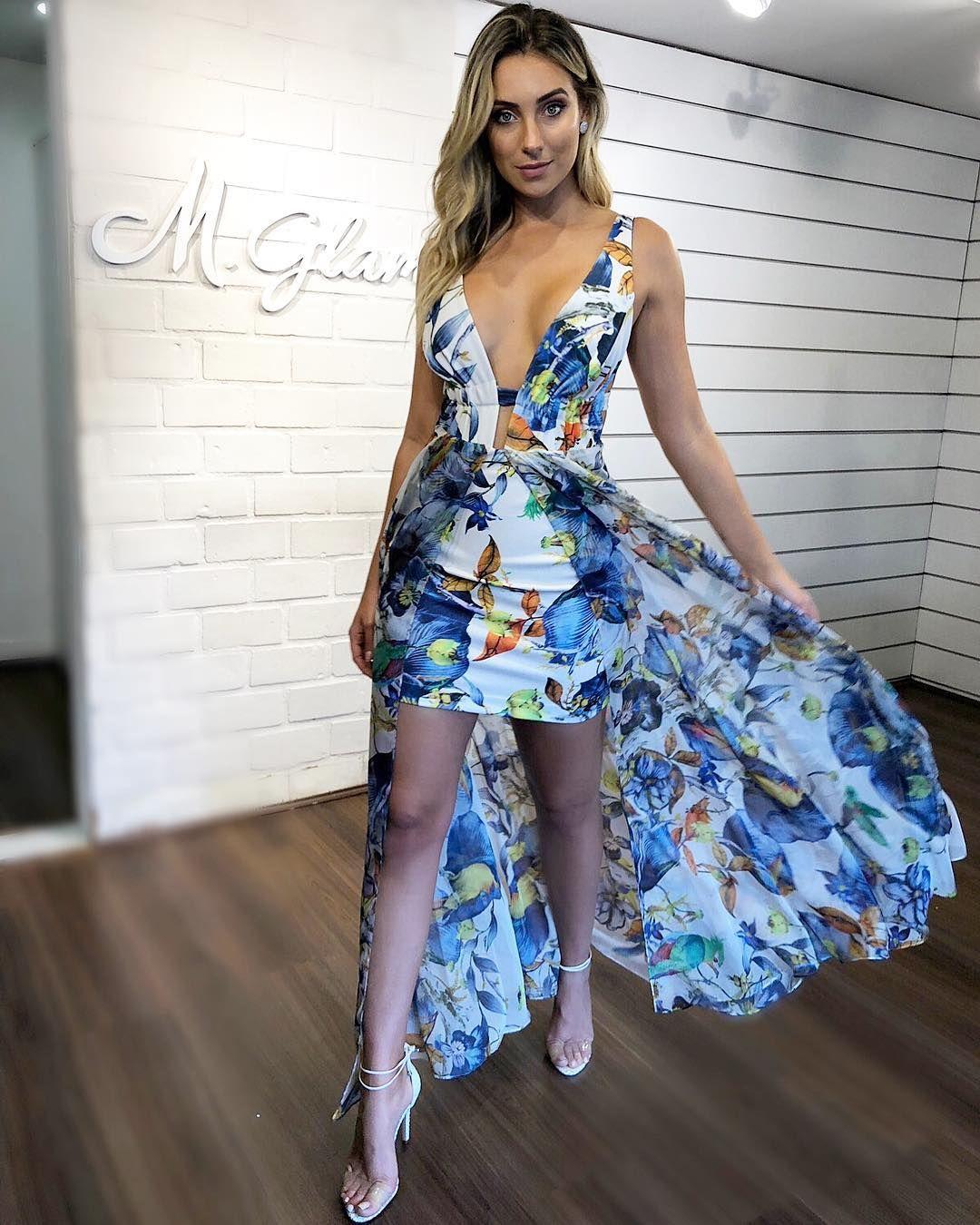 7d3cbdafb Vestido de festa floral longo: 14 modelos para madrinhas e convidadas 2019