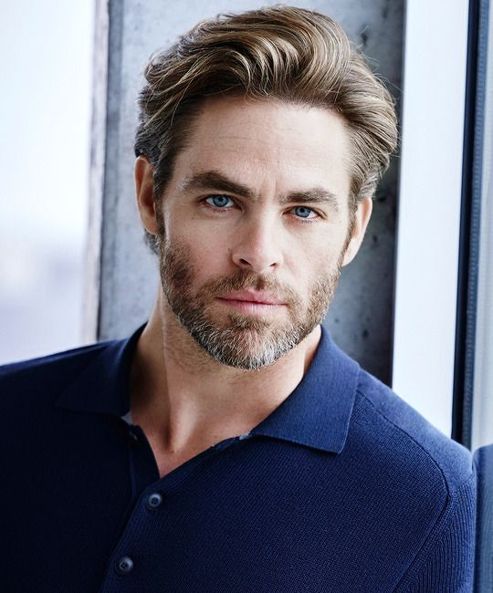 Phoenix Bear Wylder Chris Pine Haircut Chris Pine Haircuts For Men