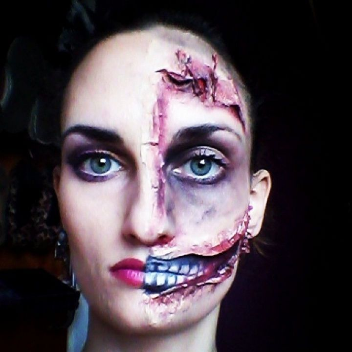 37 scary face halloween makeup ideas half and half face - Scary Faces For Halloween With Makeup