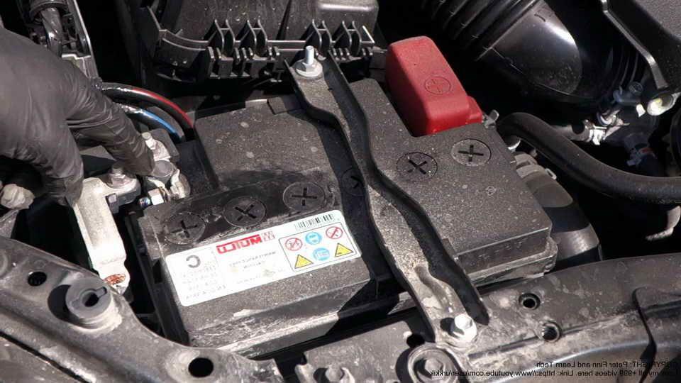 Toyota Corolla Battery >> 2015 Toyota Corolla Battery Corolla Cars Toyota Corolla