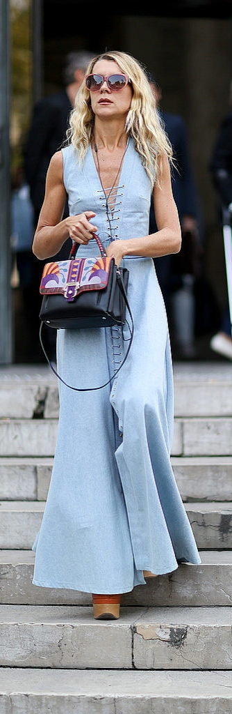 It's Time to Ditch Your Skinny Jeans: Flared denim street style inspiration from Natalie Joos