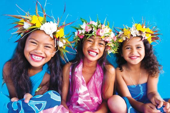 Rarotonga girls