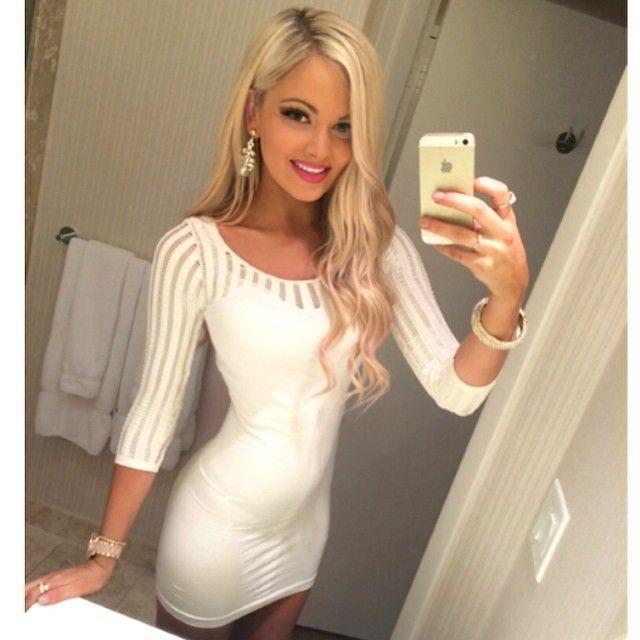 Sexy Big Tit Blonde Milf