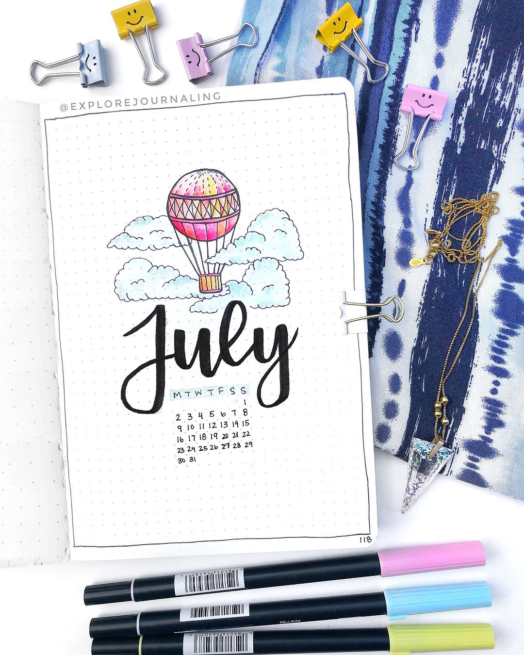 Yayayay July is hereee!! This month's theme is hot air balloons with clouds (inspo from @amandarachdoodles)! Hope you like it ☁️???? What's… #bulletjournalideas