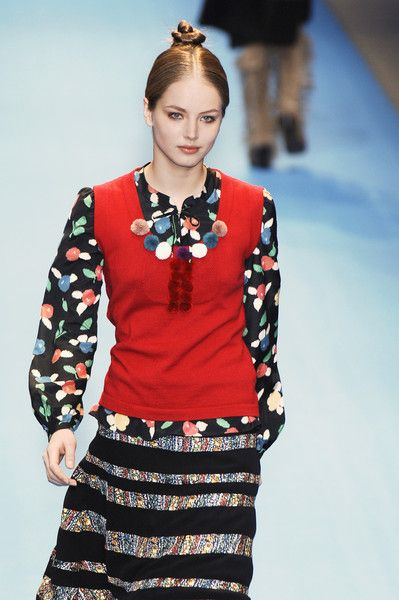 Cacharel at Paris Fall 2005 Clements Ribeiro
