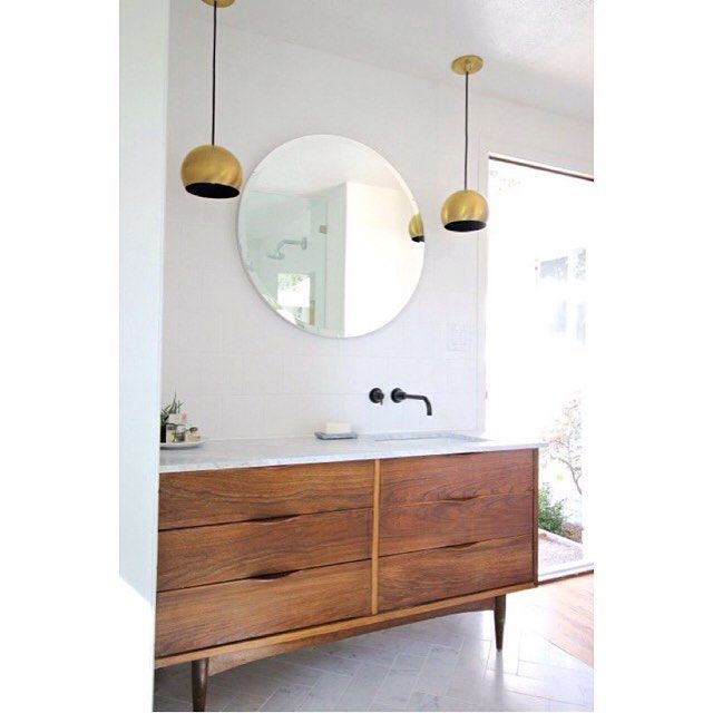 Linnea Lions Interior Design On Instagram I Met This Awesome Client Over The Weekend Modern Bathroom Renovations Mid Century Modern Bathroom Classic Bathroom