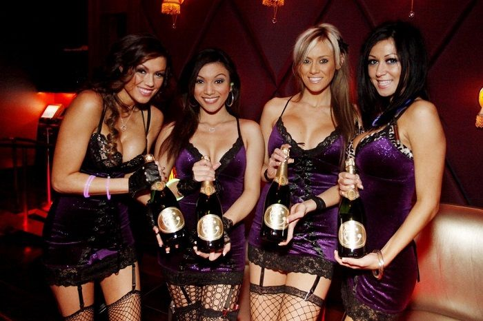 Bottle Service Girls Google Search Waitress Outfit Bottle Service Bottle Girls