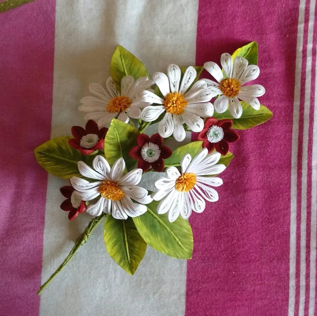 Ist art work of  Flowersquillingquillingflowers