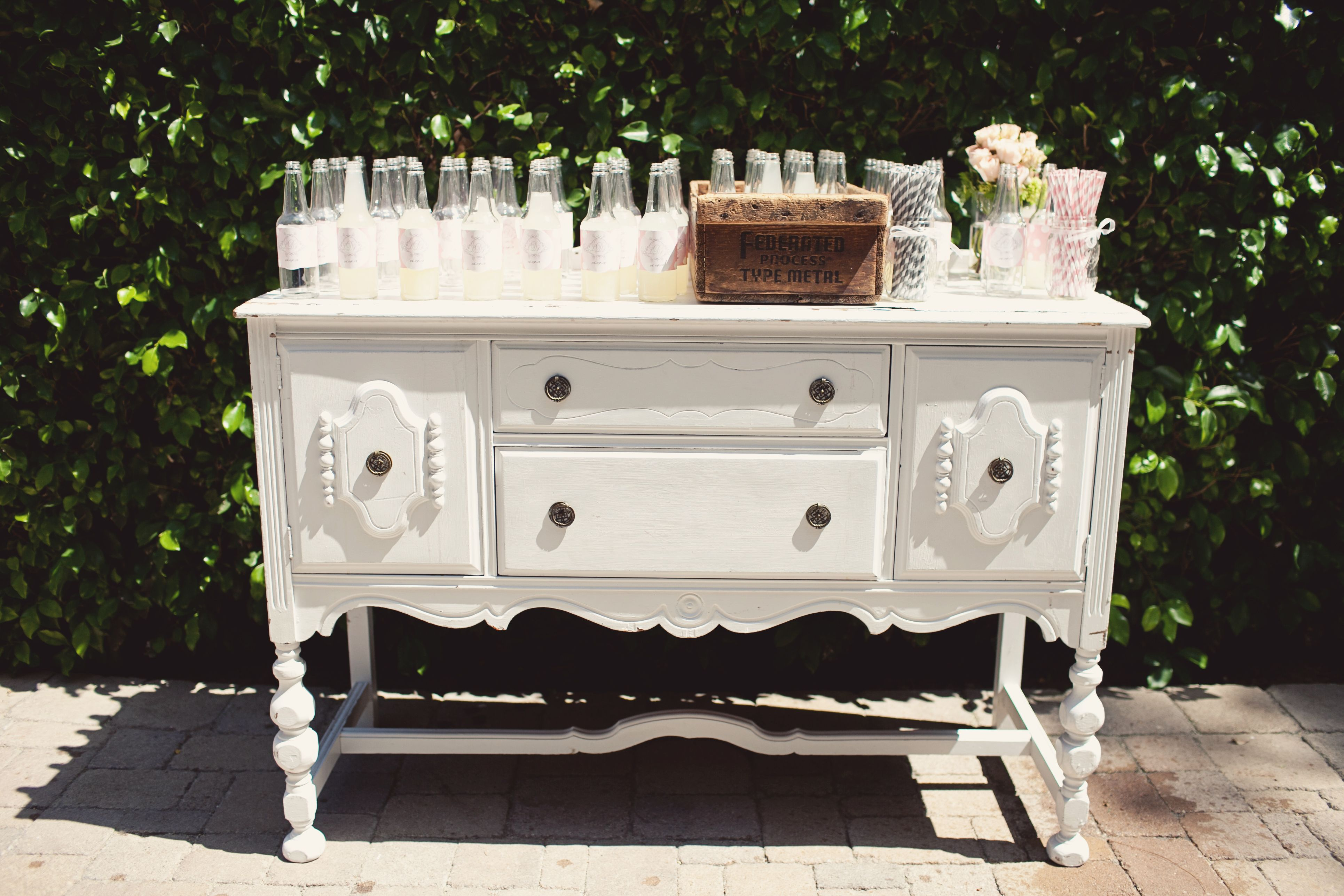 drink station for water   Parisian, Wedding themes ...