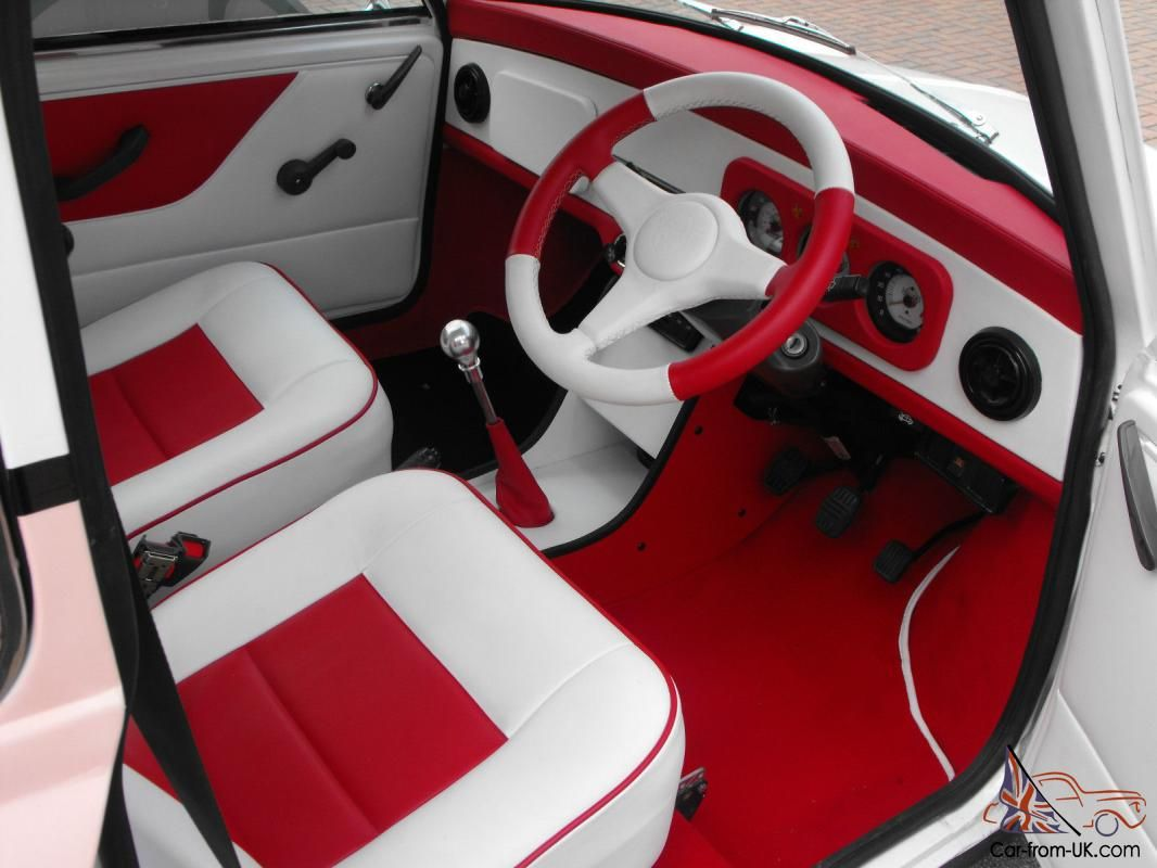 1987 Classic Austin Mini Advantage White Custom Leather Interior Classic Mini Classic Mini Mini Cars Mini Cooper Classic