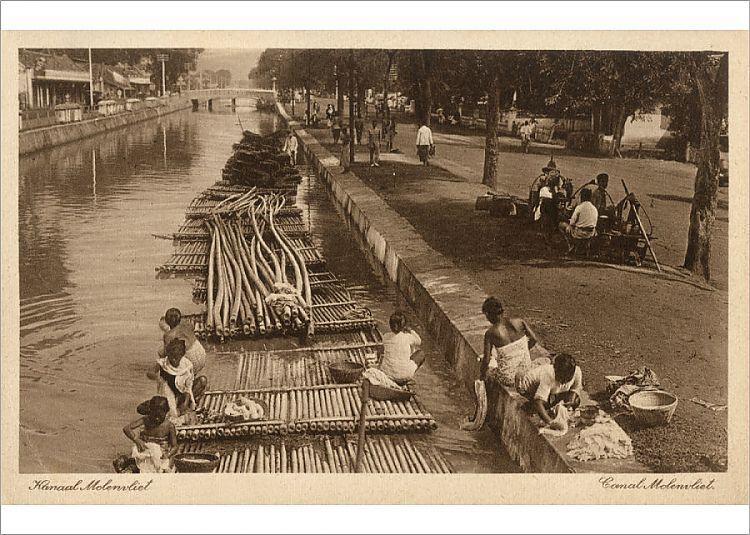 Photograph-Indonesia - Java - Jakarta - Molenvliet Canal-7