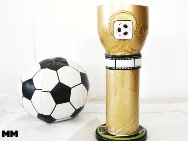 Einen Pokal Ganz Einfach Selber Machen Fussball Pokal