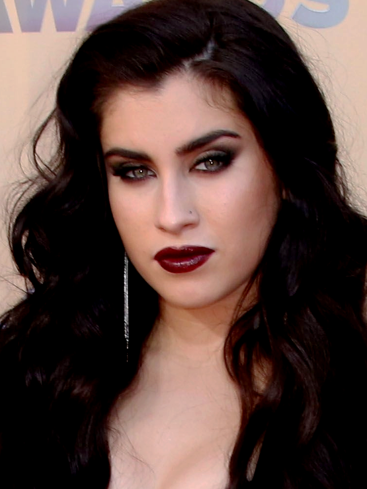 Lauren Jauregui. /// Dramatic Makeup Inspo Fall Winter ...