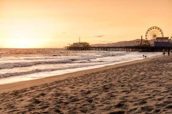 Best Beaches For Memorial Day Weekend Beaches In The World Los Angeles Beaches Santa Monica Beach