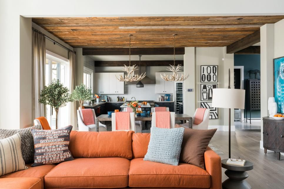 Hgtv S 2019 Dream House Is A Luxury Lodge In Whitefish Montana Hgtv Dream Homes Dream House Interior Home
