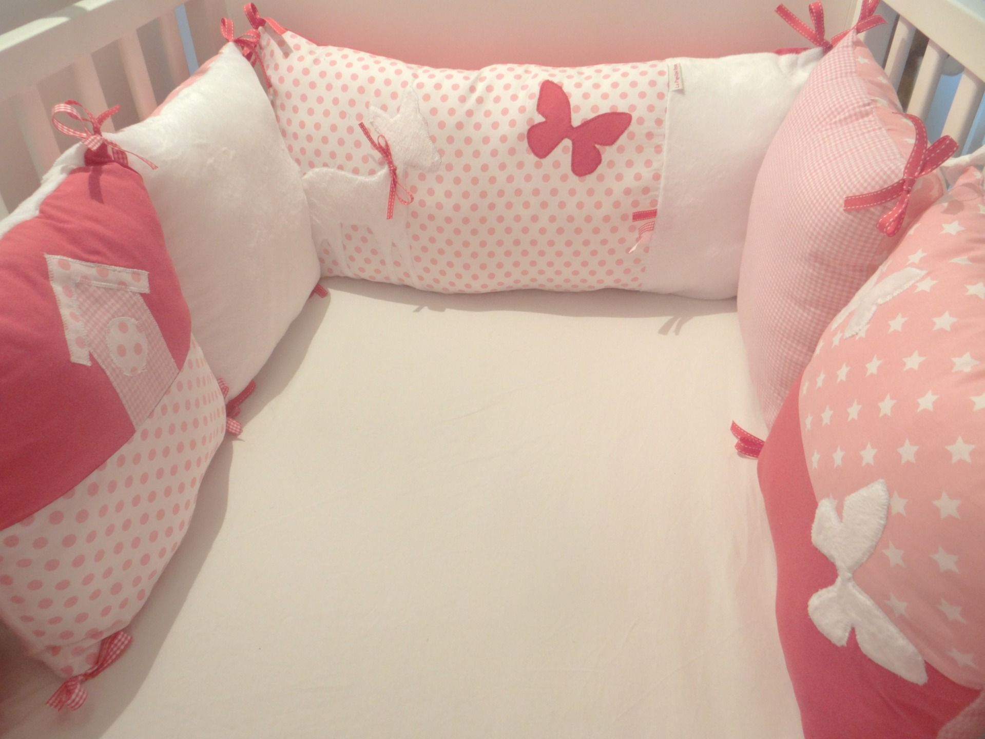 tour de lit bébé papillon Tour de lit pour bébé