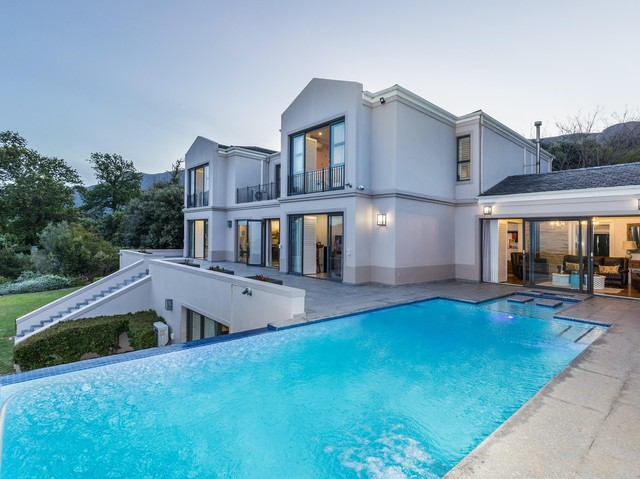 6 Bedroom House For Sale In Constantia Jawitz Properties Https Www Jawitz Co Za Results Residential For Sale Cape Town C Pool House Plans Constantia House