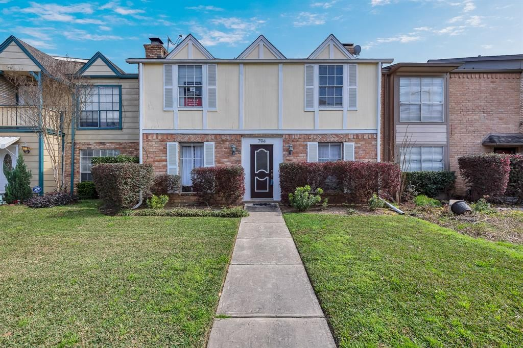 Townhome for sale in Houston, TX (MLS #92792128) | Listings