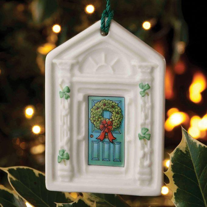 Good idea for some old world Irish decor for St. Paddys ...  |Ireland Door Decorations