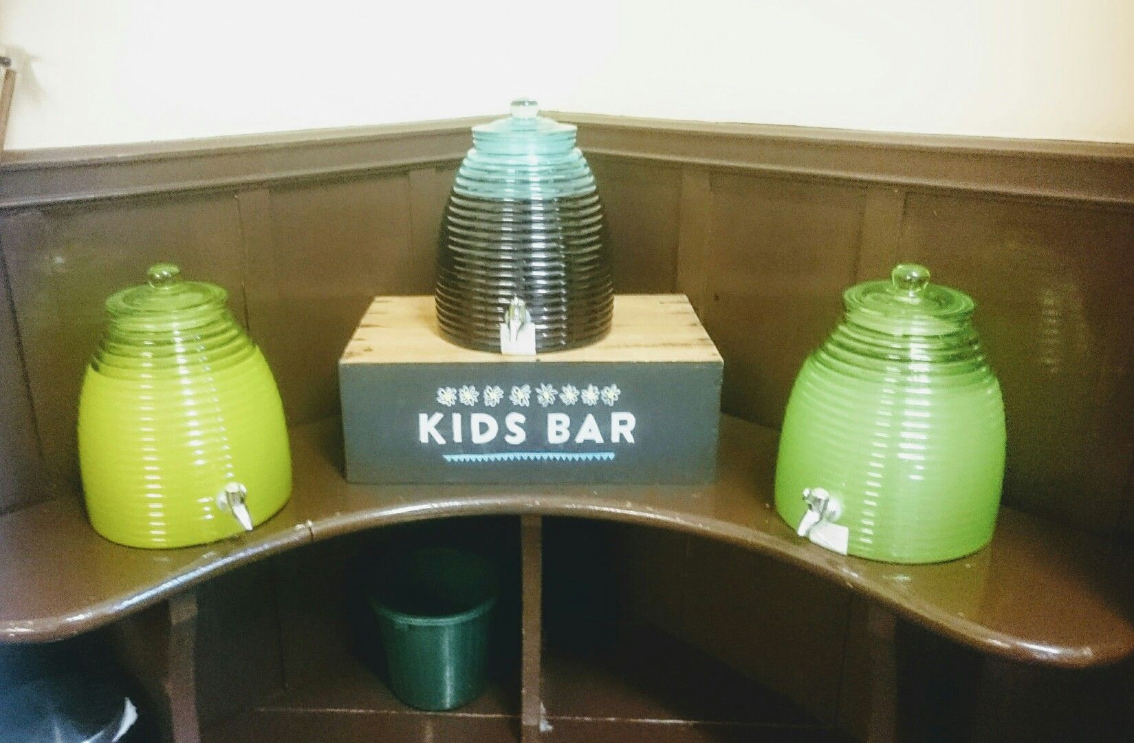 Great idea for the kids having their own drinks bar at the wedding from Fathogandbigpancatering.com customers. #wedding #ideas #kids