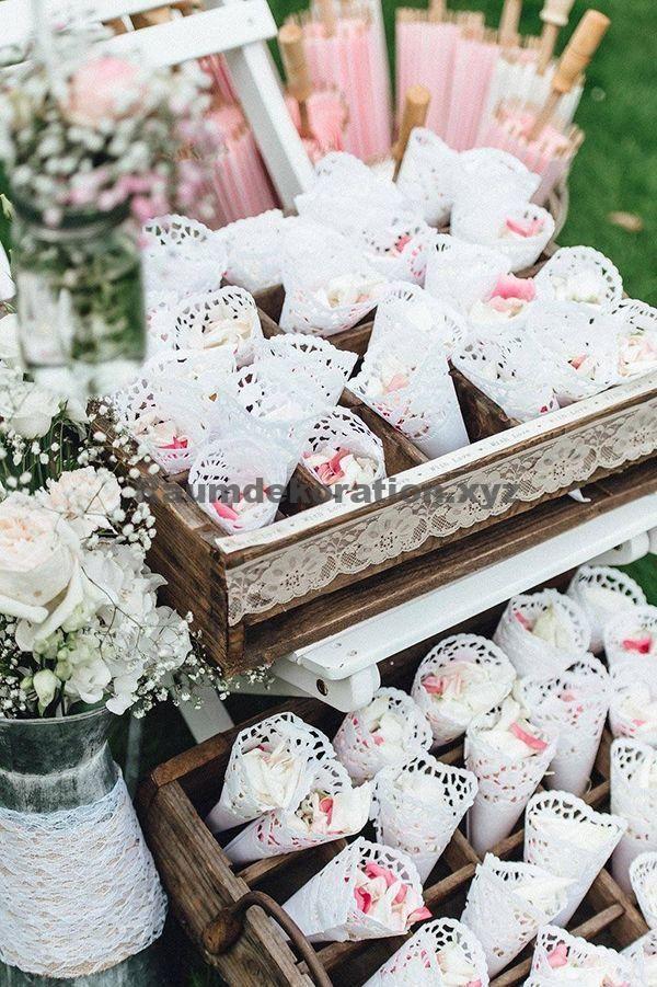 Tischdeko Hochzeit Streukorbchen Fur Hochzeit Mieten Mit Bildern Hochzeit Mieten Hochzeit Sussigkeiten Tischdeko Hochzeit