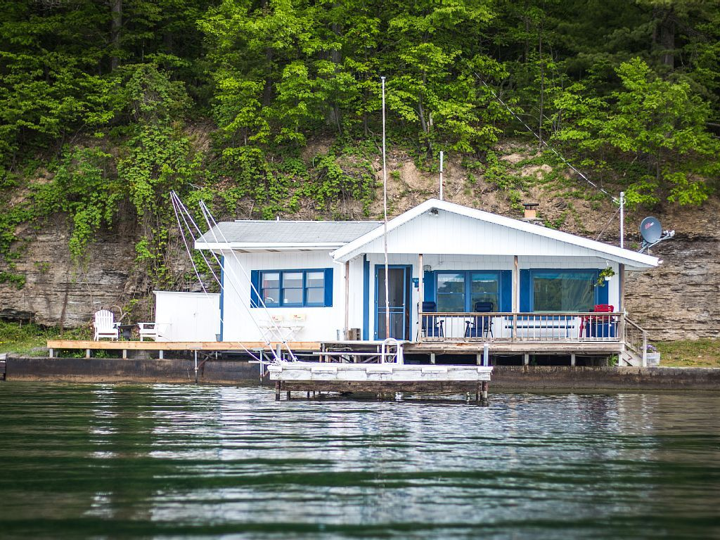Cottage vacation rental in burdett ny usa from