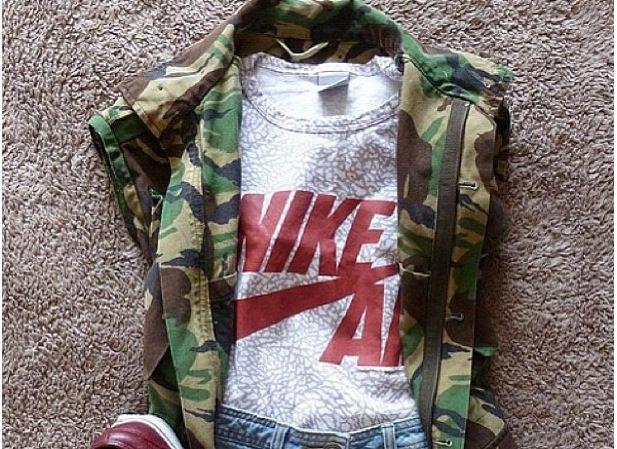 1fd64ee848c0 Women Nike Elephant Print Cami with a Short Sleeve Camo Jacket ...