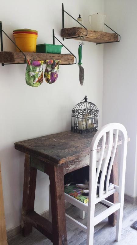 Diy Un Rincon Con Mesa Para Jardineria Noticias Mobiliario De - Mobiliario-de-jardineria