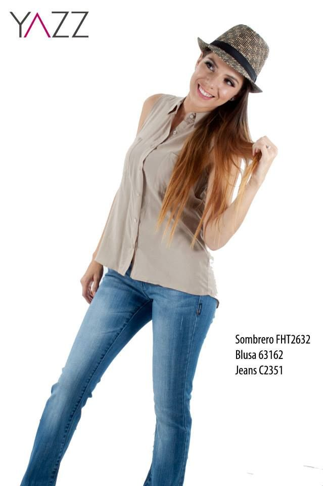 Lo mejor en moda femenina está en YAZZ. Un outfit casual y muy chic para una salida entre amigas.