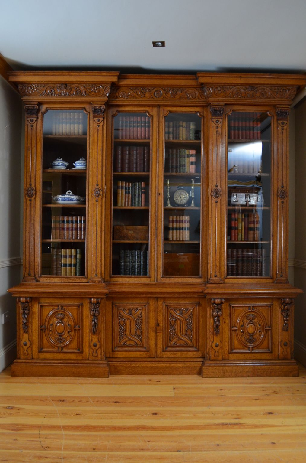 Classic Home Library Design: Check The Size Of This Bookcase…. At Nimbus Antiques