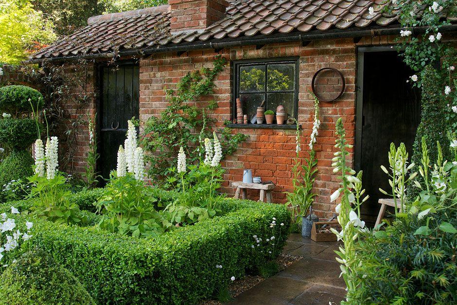 The Topiaristu0027s Artisan Garden At The RHS Chelsea Flower Show 2014 / RHS  Gardening