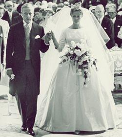 Miss Honoria Glossop Wedding Of Princess Birgitta Of Sweden And Prince Johann George Of Hohenzollern 1 Royal Wedding Gowns Royal Weddings Royal Wedding Dress